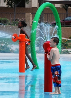 """Wet"" your appetite for fun in the sun at Tempe's outdoor water spaces"