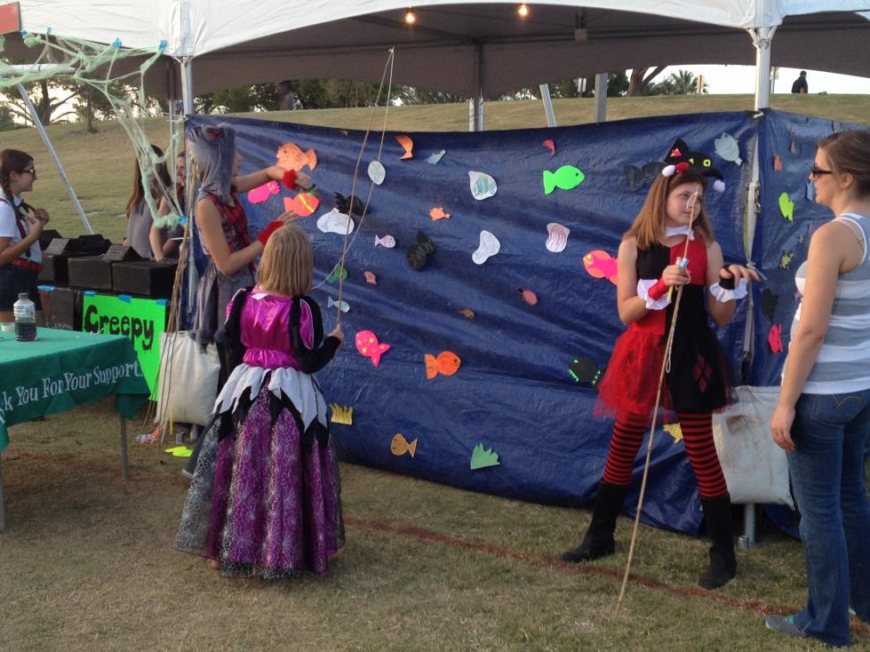 Halloween_Carnival_Games_02