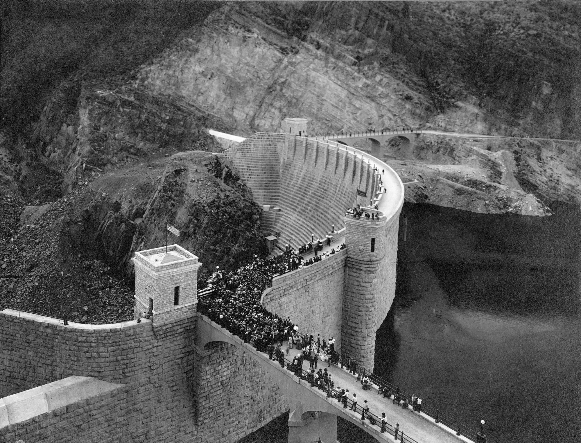 Photo 4 - Roosevelt Dam - 1987.1.1949